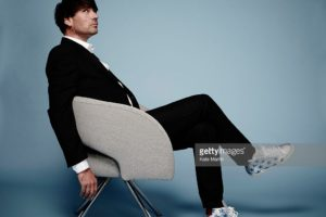 LONDON, ENGLAND - SEPTEMBER 11:  Musician and bass player with Blur, Alex James is photographed for Luxe magazine on September 11, 2015 in London, England. (Photo by Kate Martin/Contour by Getty Images)